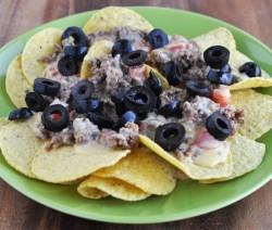 black olives nachos